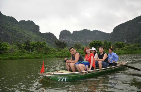 Boat trip in Trang An Ecotourism Complex