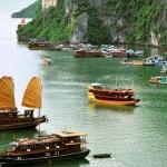 Cruise in Stunning HaLong Bay