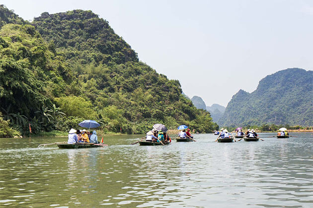 Trang An Ecotourism in Vietnam Holiday