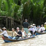 Boat trip through the canals in Vinh Long