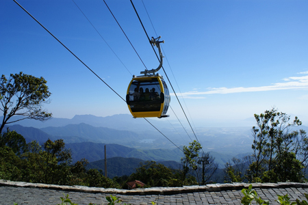 Cable car in Ba Na Hill