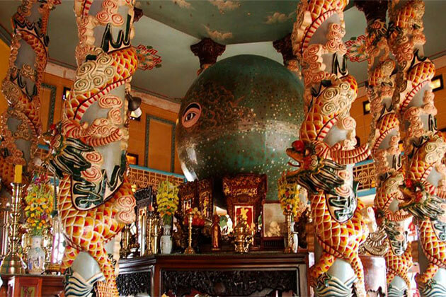 Cao Dai Temple in Vietnam Holiday Package