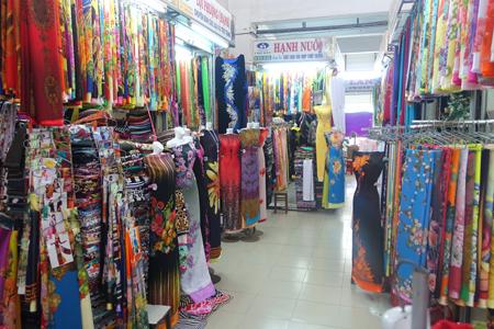 Fabric shop in Han Market