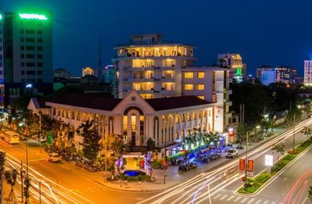 Festival Hue Hotel Cover