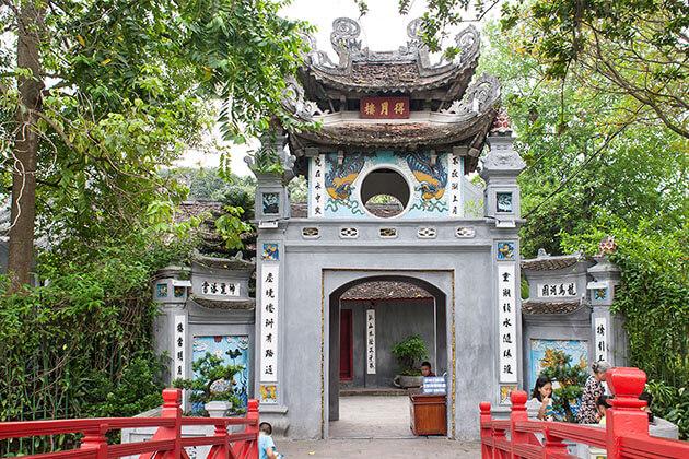Ngoc Son Temple Hanoi Vietnam Holiday