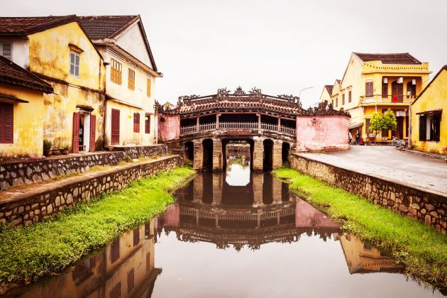 behold japanese covered bridge in hoi an