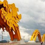 golden bridge in danang package holiday vietnam